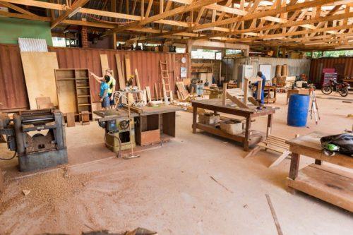 Construcții și întreținere